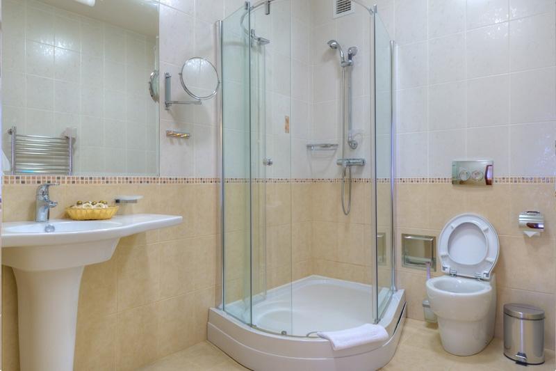 Top 28 small comfort room design design of comfort for Small comfort room design